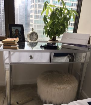 Console Table & Ivory Faux Flokati stool for Sale in Chicago, IL
