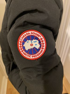 Authentic Canada Goose winter jacket Parka size S-M for Sale in Boston, MA