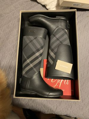 Charcoal Burberry Rain Boots for Sale in Austin, TX