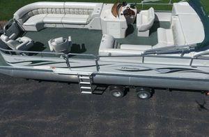 Saltwater Edition_BOAT_2006 Manitou Legacy Pontoon for Sale in St. Louis, MO