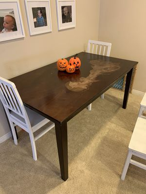 Dining Room Table for Sale in Irvine, CA