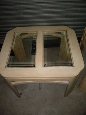 2'matching end tables both in great condition for Sale in Melbourne, FL