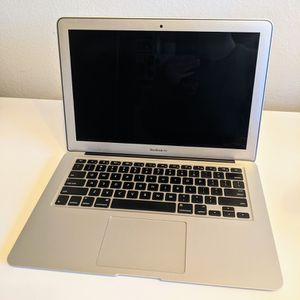 MacBook Air 2015 - 13 Inch for Sale in Portland, OR