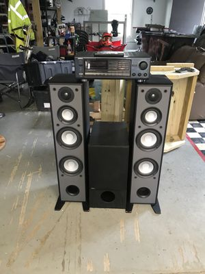 Onkyo Amp/ Yamaha Tower Speakers/ Design Acoustic Sub for Sale in Columbia Station, OH