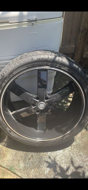 Black U2-55s 24inch for Sale in Santa Ana, CA