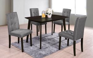Dining table set 4 pcs for Sale in Lake Arrowhead, CA