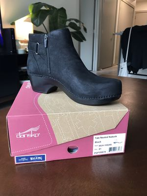 Dansko Tate Neutral Nubuck - Black (Size: 41) for Sale in Portland, OR