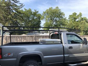 Steel ladder rack for Sale in VLG OF LAKEWD, IL