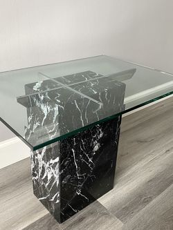 Vintage Artedi Style Italian Black Marble Side Table for Sale in Los Angeles,  CA