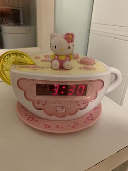 Hello Kitty Tea Cup Alarm Clock for Sale in Fullerton,  CA