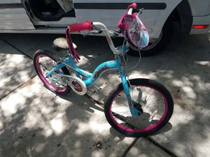 Schwinn girl bike for Sale in Miami, FL