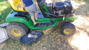 John Deere tractor lawn mower for Sale in Modesto, CA