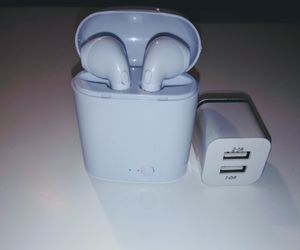 Sale! New bluetooth earbuds wireless for smartphone for Sale in Greenville, SC