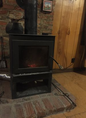 Used wood stove for Sale in Uniontown, AL