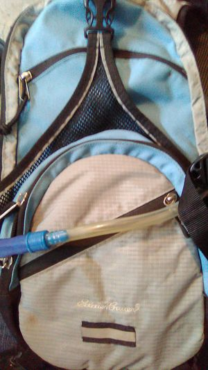 Eddie Bauer water backpack for hiking for Sale in Wood Village, OR