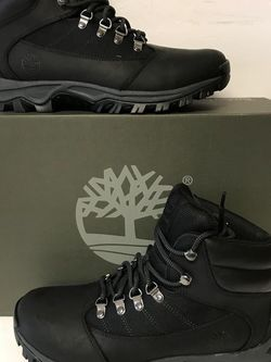 NEW TIMBERLAND AVAILABLE ON SIZE 8.5 AND 10 FOR MEN NUEVOS for Sale in Dallas,  TX