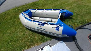 Inflatable boat brand new never been in the water. for Sale in Swansea, MA