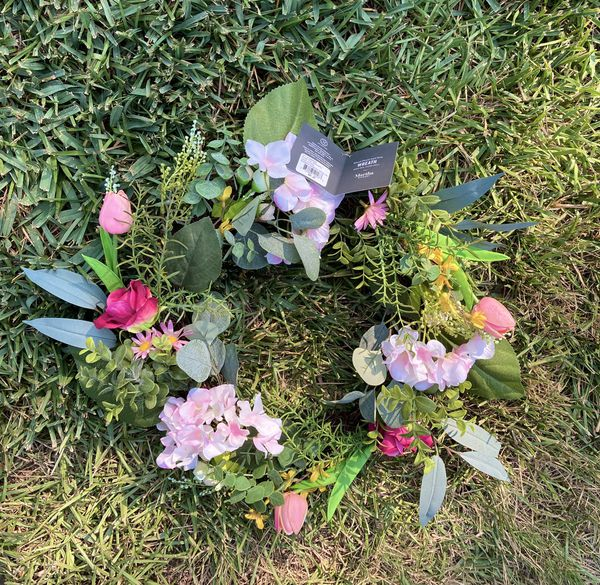 """New!!! Martha Stewards Wreath 20"""" inches with Tag 🏷 Look 👀 Pictures for details, $20.00"""