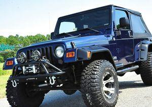 Beautiful2005 Jeep Wrangler LJ SportWheels for Sale in Gilbert, AZ