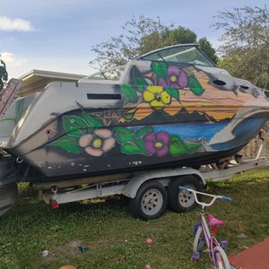 22 Foot boat With Engine And Trailer for Sale in Miami, FL