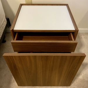 Nightstand / Side Table for Sale in Centreville, VA