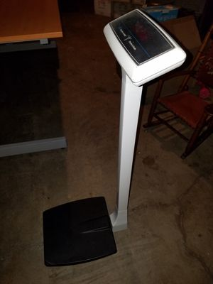 Digital Doctor's Scale by Health o meter for Sale in Los Alamitos, CA