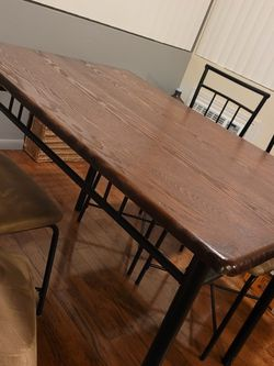5 Piece Dining Table + Chairs for Sale in Alhambra,  CA