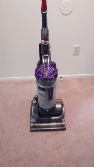 Dyson Animal vacuum for Sale in Columbus, OH