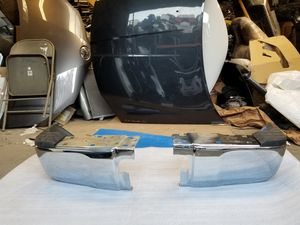 2014 to 2018 Toyota Tundra Bumper Rear Chrome OEM Rh, Lh & Front Bumper Complete whit brackets and plastic sensor for Sale in Bellflower, CA