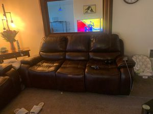 Ashely loveseat and sofa for Sale in Oregon City, OR