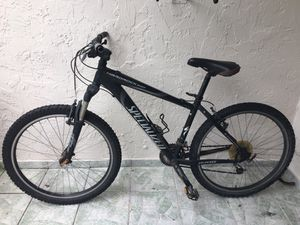 Specialized 26 inch adult mountain bike for Sale in Doral, FL