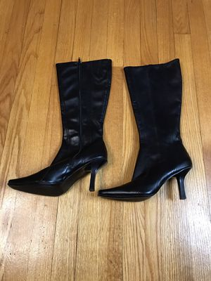 Liz Claiborne Flex boots Gently used Size 7.5 for Sale in French Creek, WV