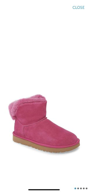 UGG hot pink mini boots women size 6 for Sale in Orlando, FL