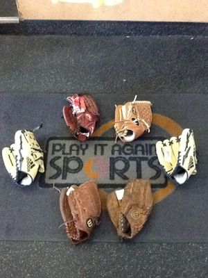 Left Hand Throw Baseball Softball Gloves Mitts (100 + in stock) Youth & Adult Range from $10 - $120 for Sale in Alsip, IL