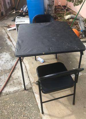 Mesa con 2 sillas for Sale in Moreno Valley, CA
