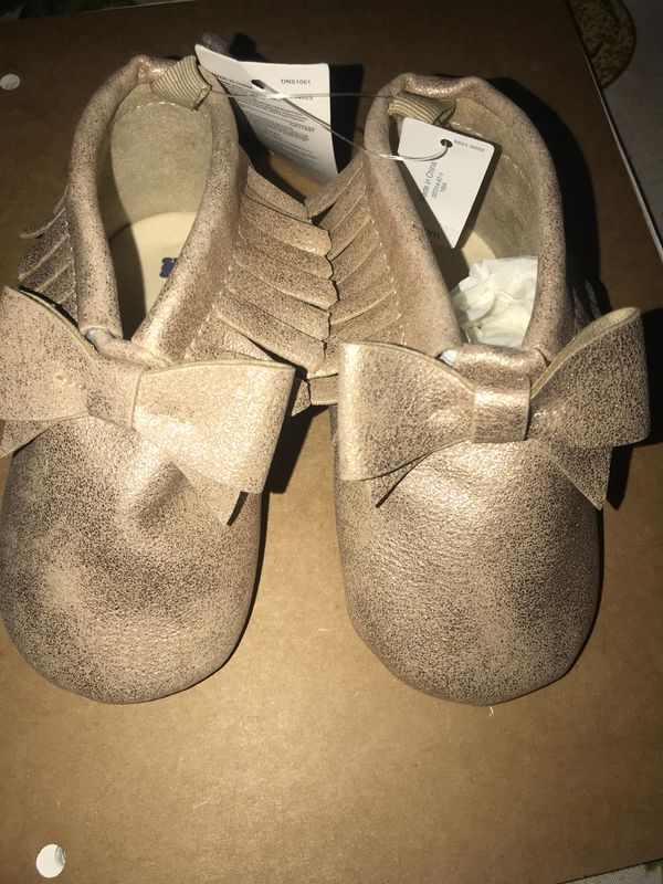 Shine bow rose Gold glitter baby gap moccasins size 18-24 months