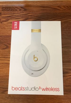 Beats studio 3 wireless white headphones for Sale in Virginia Beach, VA