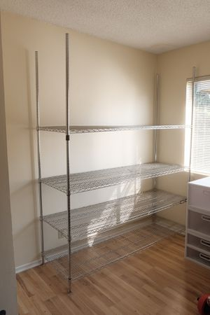 Metal Shelving Unit ( Office/ Home) Heavy Duty for Sale in Los Angeles, CA