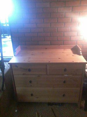 Nice dresser for Sale in Frostproof, FL