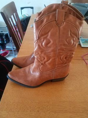 Womens NEW cowboy boots for Sale in Parma, OH