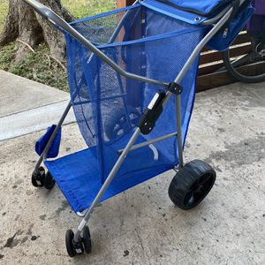 Tommy Bahama Wonder Wheeler Beach Cart Wide Caddy All Terrain . Great For Disc Golf Frisbee Golf. Comes With A Great Cooler To Hold Beer for Sale in Houston, TX