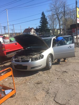 2008 Chevy impala parts only for Sale in Cleveland, OH