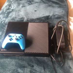 Xbox one/controllers for Sale in Seattle, WA