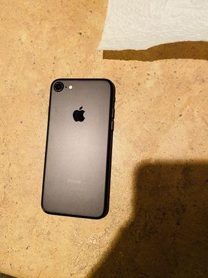 iPhone 7 32gb Matte Black LIKE NEW (READ DESCRIPTION) for Sale in Las Vegas, NV