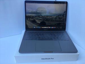 Macbook Pro 2017-Excellent Condition for Sale in El Centro, CA
