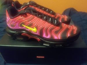 Supreme Nike Air Max Plus Size 10 for Sale in Austin, TX