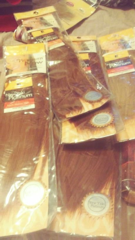 8 packs of premium yaky track hair regular cost 44$ a pack selling all 8 packs for 80$or best offer