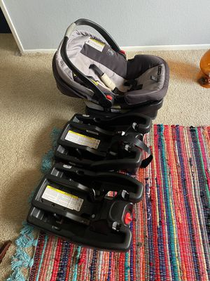 Graco Easy Release car seat, with 3 bases. for Sale in Norwalk, CA