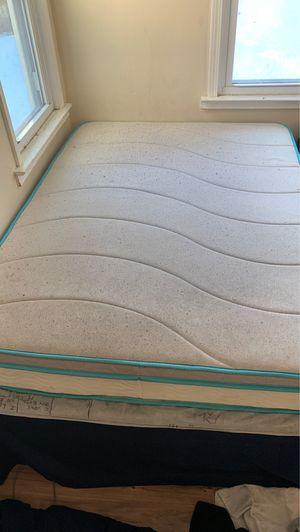 Full sized bed + Frame. for Sale in Pontiac, MI