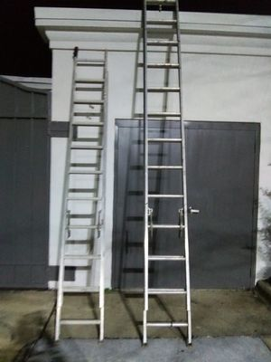28ft & 20ft Extension Ladders for Sale in Raleigh, NC